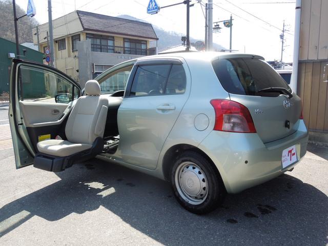 トヨタ 福祉車両 助手席電動回転シート