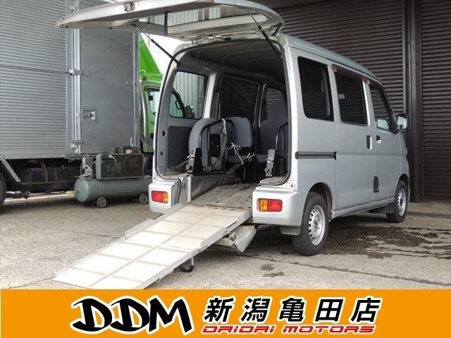 ダイハツ  スローパーリヤシートレス仕様 4WD