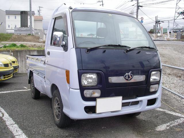 ダイハツ ハイゼットトラック is 4WD 5MT