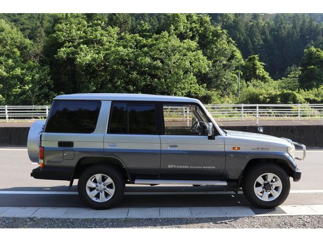 トヨタ ランドクルーザープラド EX5