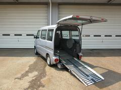NV100クリッパーバン4WD スローパー 福祉車両
