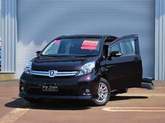 アイシスプラタナ 4WD 助手席リフトアップシート車 パノラマA