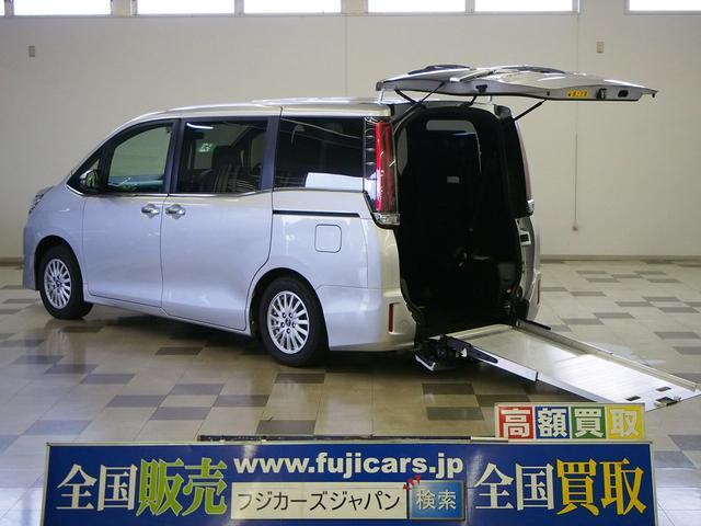 トヨタ Xi 4WD 車椅子固定 セーフティセンス ニールダウン