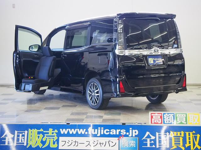 トヨタ ヴォクシー ZS 福祉車両 ZS サイドリフトアップシート 4WD プリクラッシュセーフティ レーンディパーチャーアラート オートマチックハイビーム スマートキー 純正ナビ アイドリングストップ 両側パワースライドドア