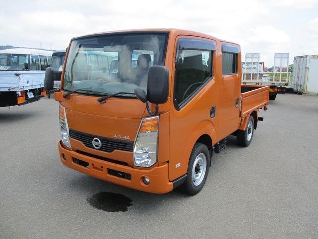 日産  Wキャブ 4WD 3000ディーゼルターボ 荷台木製 積載量1150kg