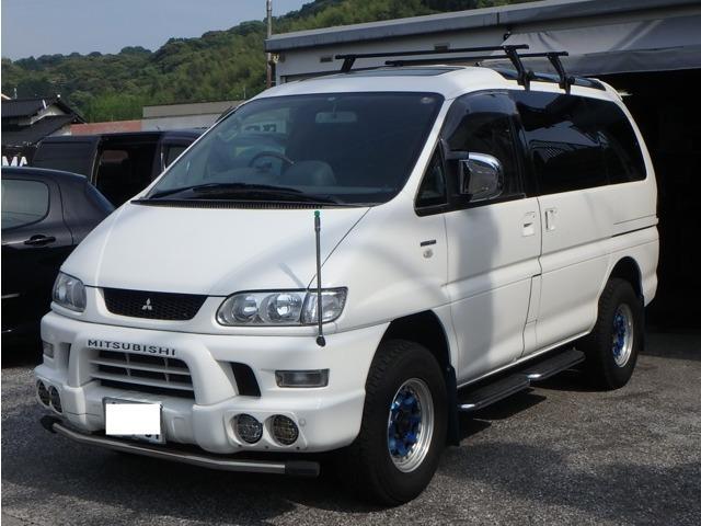 三菱 スーパーエクシード クリスタルライトルーフ 4WD