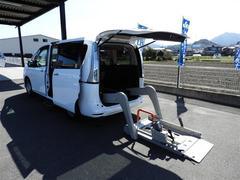 セレナチェアキャブ リフト仕様 車いす移動車 福祉車両