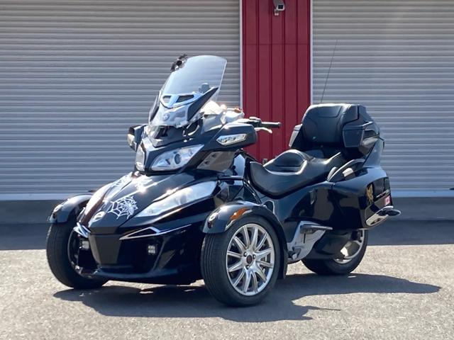 カナダその他  BRP CAN-AM SPYDER RT 新車ワンオーナー ROTAXエンジン メーカーオプションウインドスクリーン クラッチシーソーペダル オートクルーズ ETC iPhoneポッド LEDライト