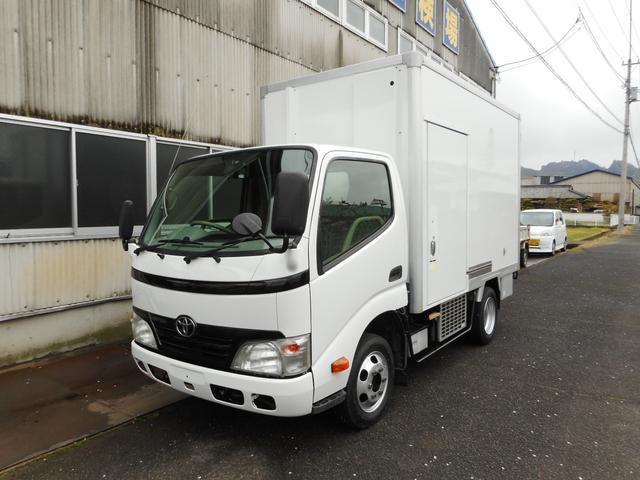 トヨタ 1.35t 冷蔵冷凍車 低温 -32℃設定 スタンバイ