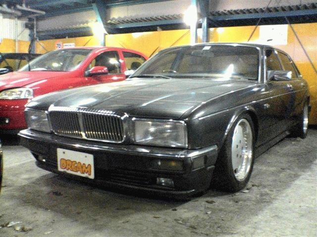 デイムラー デイムラー XJ6