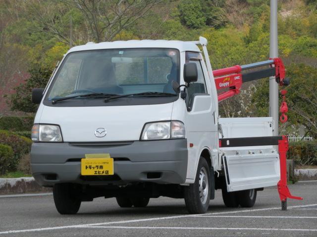 マツダ 0.9t 荷台3段クレーン