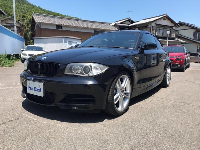 BMW 1シリーズ 135i 135i(4名)レッドレザーシート ガラスサンルーフ ETC キセノンヘッドライト 前席パワーシート ドライブレコーダー 前席シートヒーター 純正HDDナビ