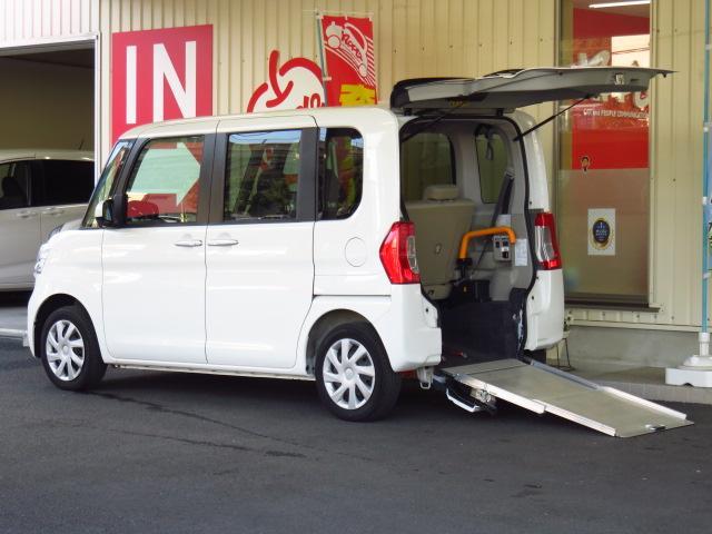 ダイハツ L 福祉車 スローパー 電動ウインチ リアシート付き 禁煙車