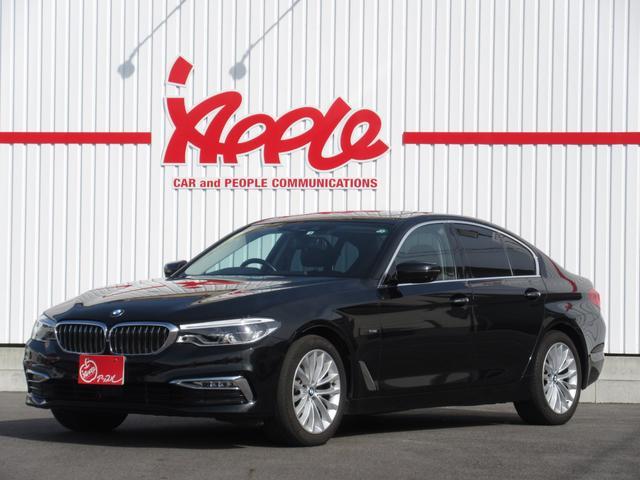 BMW 523d ラグジュアリー 純正ナビ 全周囲カメラ サンルーフ 黒革シート ドライビングアシストプラス パーキングアシストプラス アダプティブLED パワートランクフード ヘッドアップディスプレイ シートヒーター ETC2.0