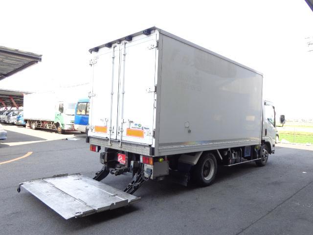 いすゞ 3トン冷蔵冷凍車-30℃スタンバイ 格納ゲート