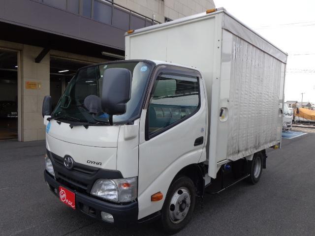 トヨタ 積載2トン カーテン車
