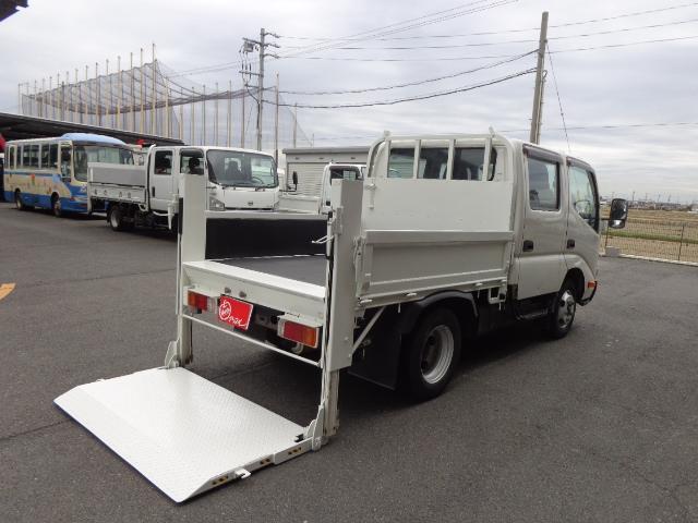 トヨタ Wキャブ 2トン 垂直パワーゲート