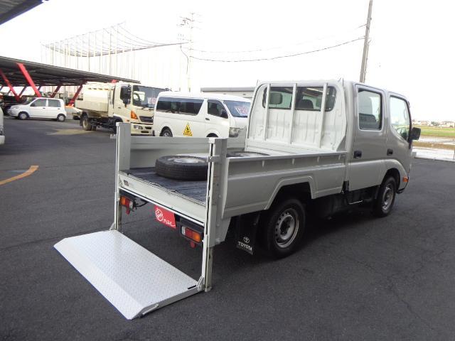 トヨタ 4WD Wキャブ 1.1トン 垂直パワーゲート
