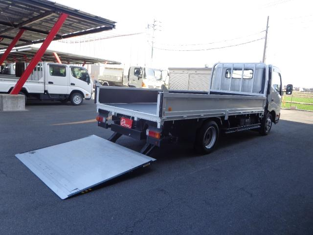 トヨタ  積載2トン ワイドロング マルチゲート