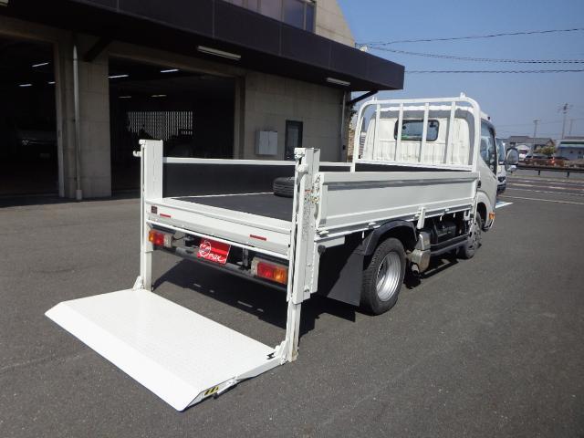 日野  4WD 2トン 標準セミロング 垂直パワーゲート