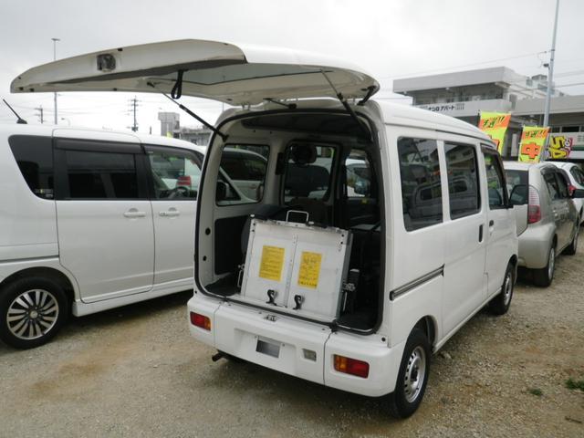 沖縄の中古車 ダイハツ ハイゼットカーゴ 車両価格 44万円 リ済込 2010(平成22)年 9.7万km ホワイト