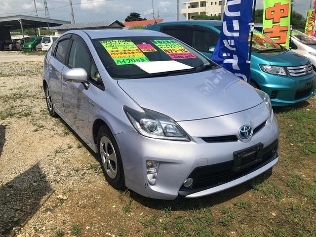 沖縄の中古車 トヨタ プリウス 車両価格 75万円 リ済込 2012(平成24)年 8.0万km パープル