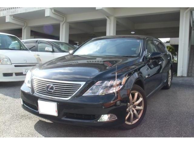 沖縄の中古車 レクサス LS 車両価格 125万円 リ済別 2009(平成21)年 26.2万km ブラックオパールマイカ