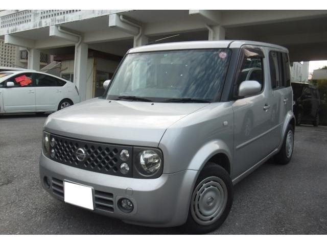 沖縄の中古車 日産 キューブ 車両価格 25万円 リ済別 平成18年 12.1万km ダイヤモンドシルバーM