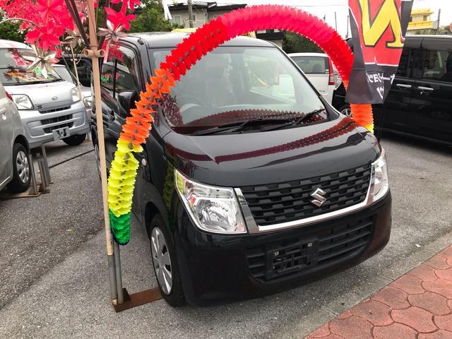 沖縄の中古車 スズキ ワゴンR 車両価格 52万円 リ済込 平成27年 9.9万km ブラック