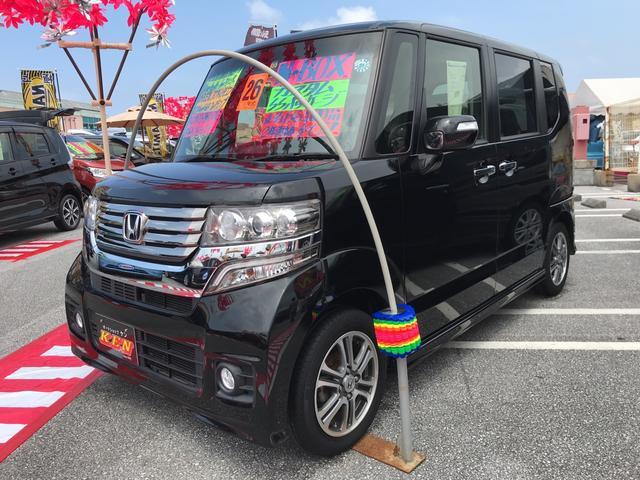 沖縄の中古車 ホンダ N-BOXカスタム 車両価格 93万円 リ済込 2014(平成26)年 6.6万km ブラック