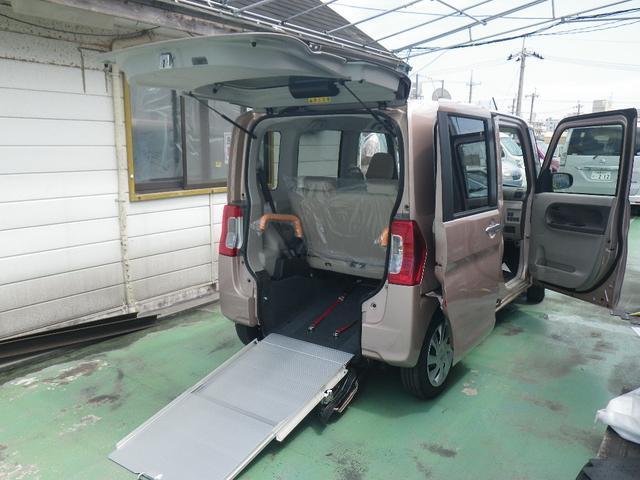 沖縄県浦添市の中古車ならタント L 車椅子一基積み仕様 福祉車両