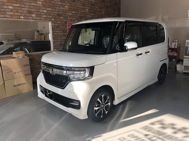 沖縄の中古車 ホンダ N-BOXカスタム 車両価格 169.8万円 リ済込 新車  パールホワイト