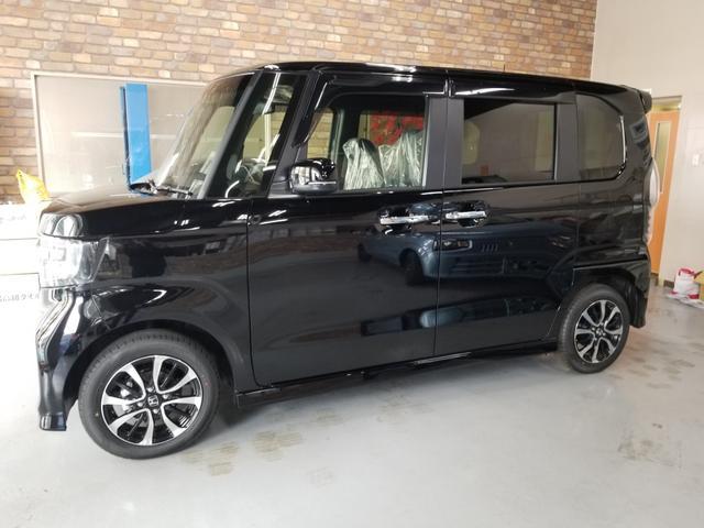 沖縄の中古車 ホンダ N-BOXカスタム 車両価格 169.9万円 リ済込 新車  ブラック