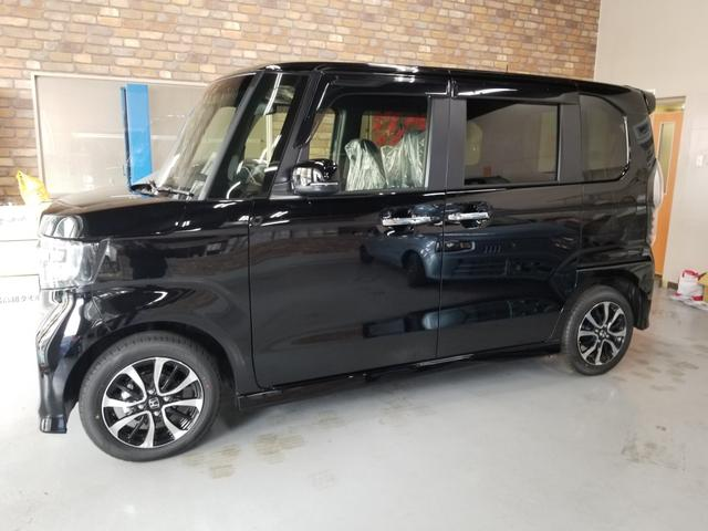 沖縄の中古車 ホンダ N-BOXカスタム 車両価格 173万円 リ済込 新車  ブラック