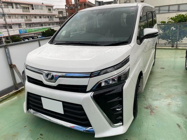 沖縄の中古車 トヨタ ヴォクシー 車両価格 ASK リ済込 2020(令和2)年 0.6万km パールホワイト