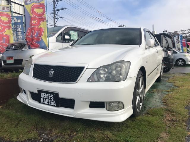 沖縄の中古車 トヨタ クラウン 車両価格 39万円 リ済込 平成17年 12.5万km パール