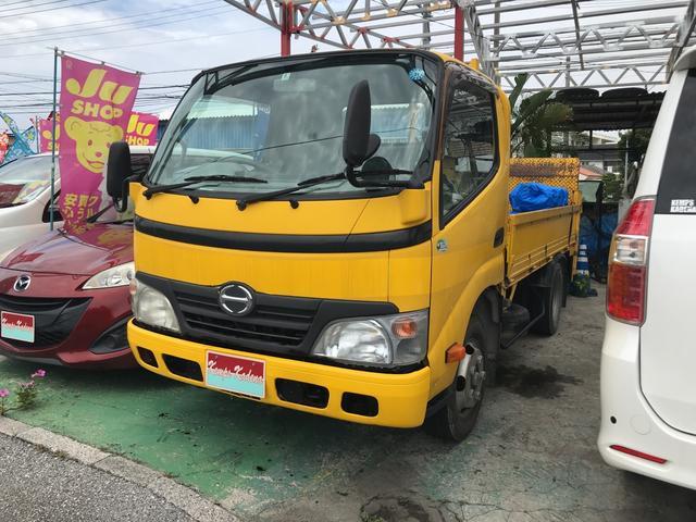 沖縄の中古車 日野 デュトロ 車両価格 79万円 リ済込 2010(平成22)年 17.3万km イエロー