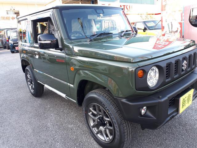 沖縄の中古車 スズキ ジムニー 車両価格 187.5万円 リ済込 新車  Dグリーン