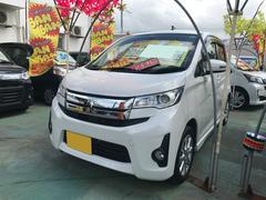 沖縄の中古車 三菱 eKカスタム 車両価格 77万円 リ済込 平成25年 4.2万K パール