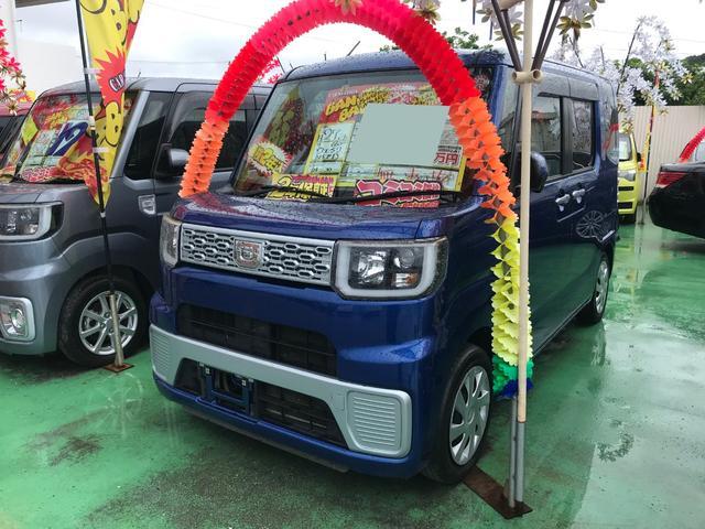 沖縄の中古車 ダイハツ ウェイク 車両価格 81万円 リ済込 2015(平成27)年 8.8万km ブルー