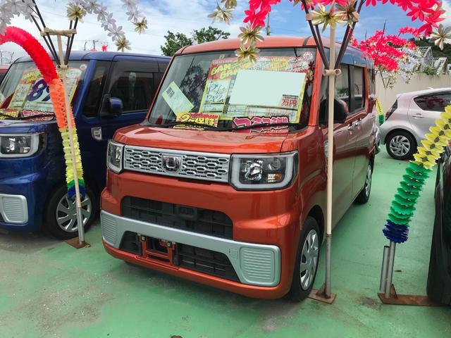 沖縄の中古車 ダイハツ ウェイク 車両価格 90万円 リ済込 2015(平成27)年 6.5万km オレンジ