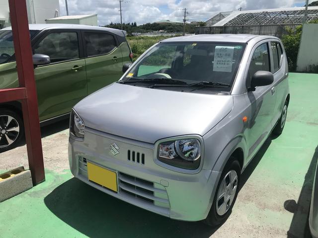 沖縄の中古車 スズキ アルト 車両価格 40万円 リ済込 2015(平成27)年 8.9万km シルバー