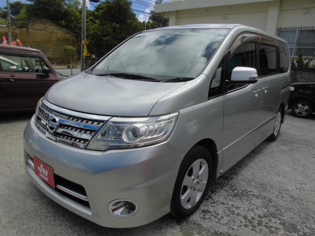 沖縄の中古車 日産 セレナ 車両価格 47万円 リ済込 2010(平成22)年 10.0万km シルバー