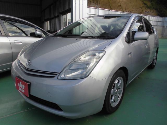 沖縄の中古車 トヨタ プリウス 車両価格 35万円 リ済込 2010(平成22)年 9.7万km シルバー