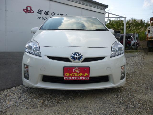 沖縄の中古車 トヨタ プリウス 車両価格 79万円 リ済込 平成23年 11.1万km パールホワイト