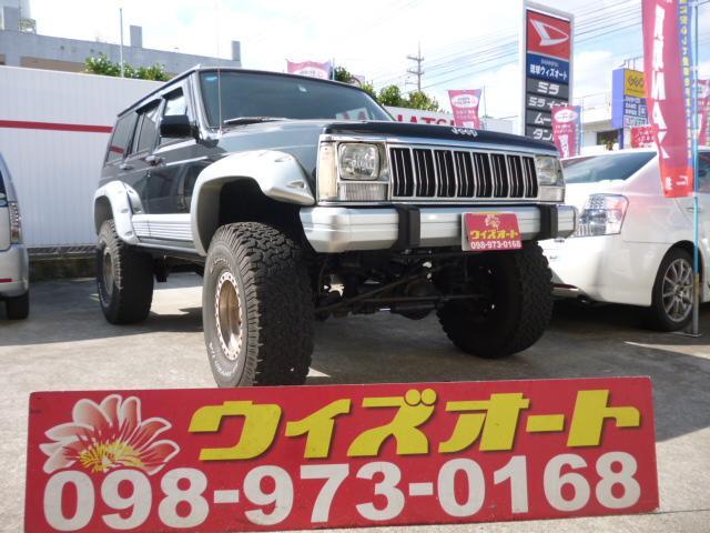 沖縄の中古車 クライスラー・ジープ クライスラージープ チェロキー 車両価格 52万円 リ済込 1996(平成8)年 9.0万km ブラック