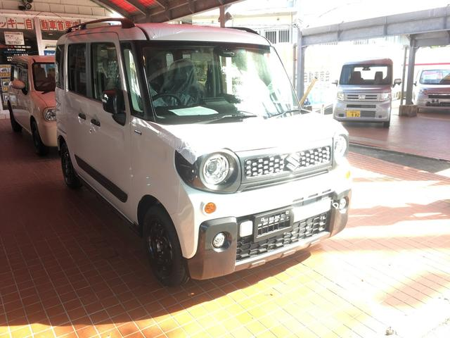 沖縄の中古車 スズキ スペーシアギア 車両価格 161.4万円 リ済別 新車  パールホワイト