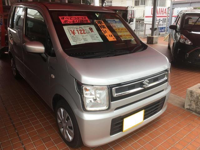沖縄の中古車 スズキ ワゴンR 車両価格 118万円 リ済込 平成29年 0.8万km シルバーM