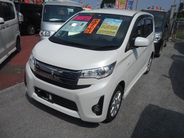 沖縄の中古車 三菱 eKカスタム 車両価格 88万円 リ済込 平成25年 2.7万km ホワイトパール