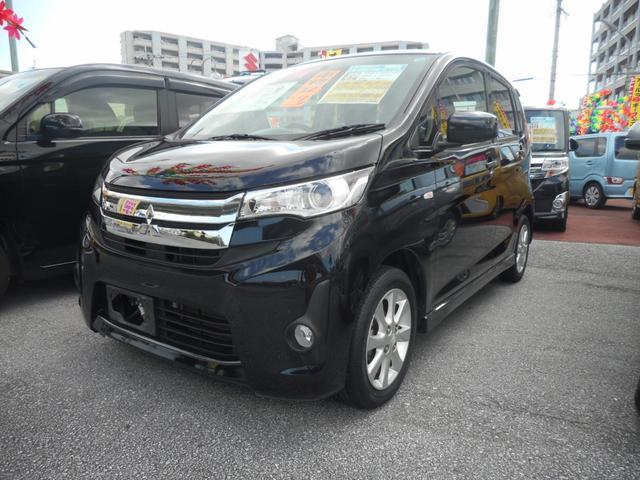沖縄の中古車 三菱 eKカスタム 車両価格 63万円 リ済込 2013(平成25)年 6.5万km ブラックマイカ